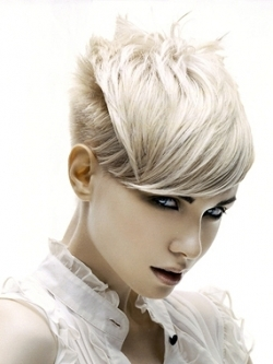 short hairstyle for girls