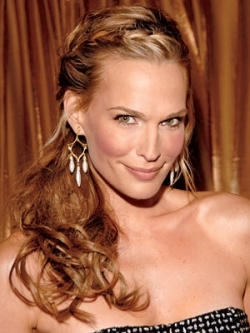 Molly Sims Grecian Goddess Hairstyle