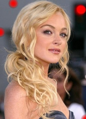 Lindsay Lohan sporting her girly blonde tresses styled in a breath-taking updo.