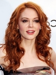 Rose McGowan goes red with this stunning light orangeish shade.