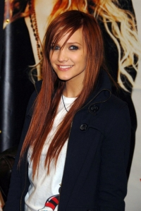 Ashlee Simpson's Many Hair Colors