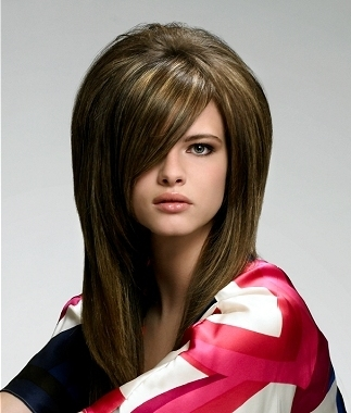 The following ideas will help you in how to tease hair with style.