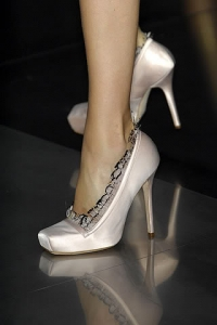 2010 Shoe Trends - Satin