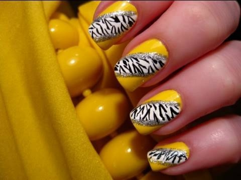 simple black and white nail designs. simple Black and White Nail art Designs. Posted by manis at 2:02 AM