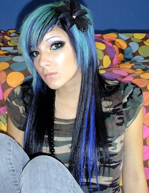 hair color styles 2010. Blue is the new black when it comes of Scene hair color.