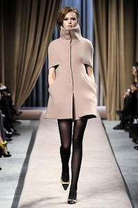 Cape Coat Fall 2010 Fashion Trend
