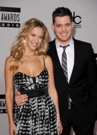 Michael Bublé and Luisana Lopilato Set Wedding Date