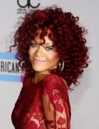 How to Recreate Rihanna's Curly Red Hairstyle from the 2010 AMA's