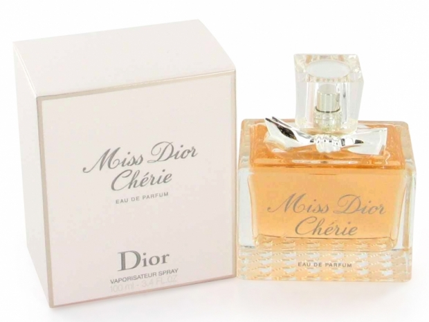 Natalie Portman New Face of Miss Dior Cherie Fragrance