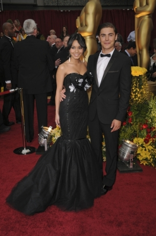 Vanessa Hudgens and Zac Efron Split