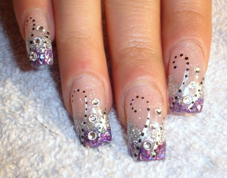 Modern Women Nail pictures of 2012 | Nail Shade Collection: Nail ...: naildesigns1.blogspot.com/2011/02/nail-designs-for-new-years.html