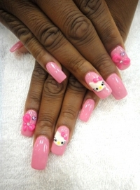 Hello Kitty Nail Art 2011