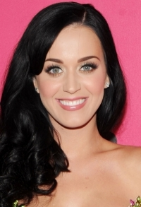 Girly Celebrity Makeup Ideas