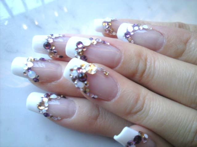 Fun nail art designs french nails look amazing and will never go out of style but if you are looking for a sophisticated style you can give your french manicure a little bit solutioingenieria Image collections