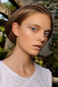White Eye Makeup Trend 2010