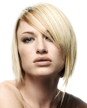 Short haircuts for square face shape