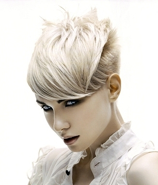2011 Hairstyle Trends: Short Hair Styles for Thick Hair