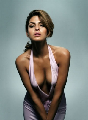 Eva Mendes was voted one of the most desired women in the world and it's not difficult to see why. She has an amazing curvy body, gorgeous facial features and fashion style, making her a perfect candidate for the top most beautiful women in the world.