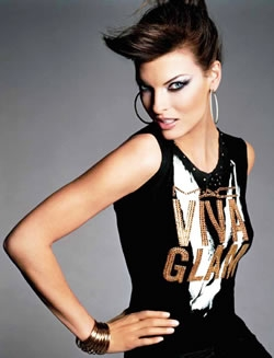 Linda Evangelista is one of the supermodels of the 90's which will be remembered due to her beauty and gorgeous body. Linda Evangelista can also be recognized as being one of the supermodels starring in George Michael