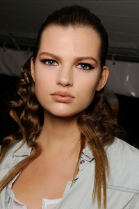 Nude Lips Makeup Trend Spring/Summer 2010