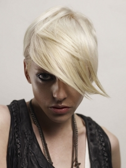 matte blonde hair color