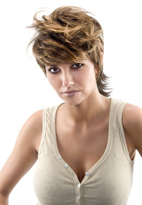 Regular highlights can look weird and unbalanced on shorter hairstyles,