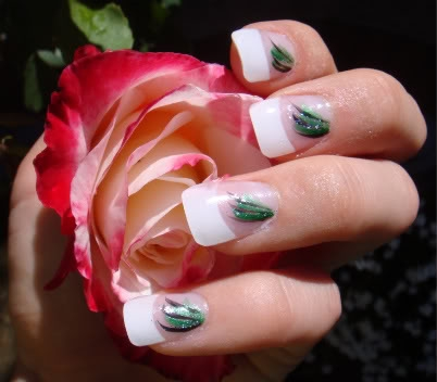 French Manicure with discrete Nail Art Designs