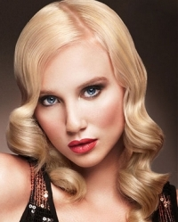 Elegant Hairstyles Using a Curling Iron