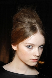 Fall 2010 Retro-Inspired Runway Hair Style Trends
