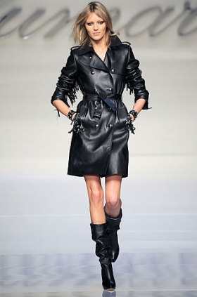 Blumarine Trench 2010 fall