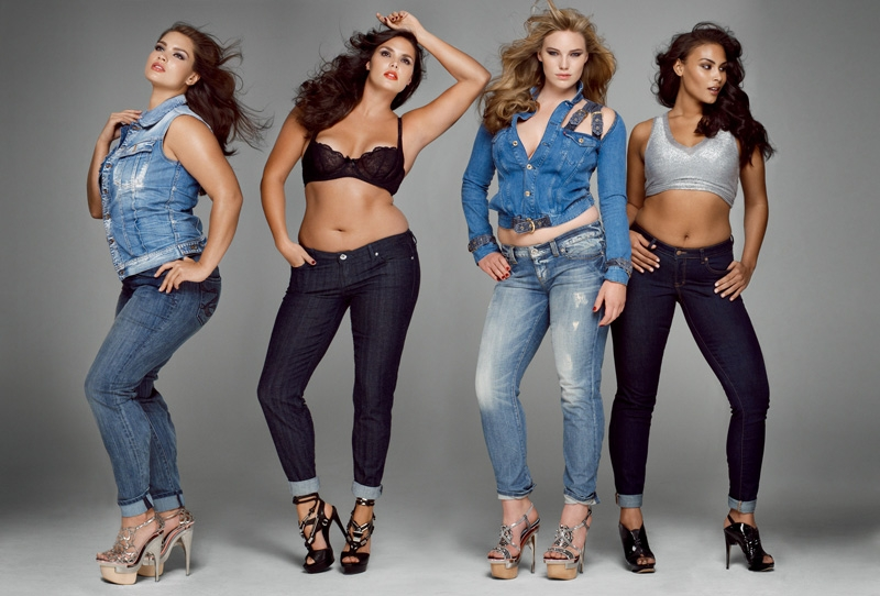 Model Plu Size Curvy Girls Jeans