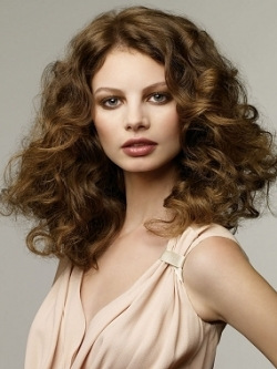 haircut for curly hair curly hair styling tips makeup tips and fashion 9745