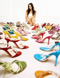4 Chic Slimming Shoe Designs