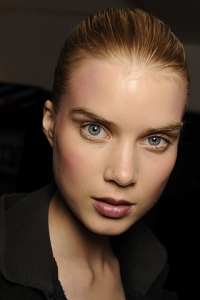 Rose-Tinted Cheeks Make Up Trend 2010