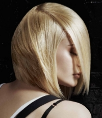 Razor-Cut Layered Hair Styles