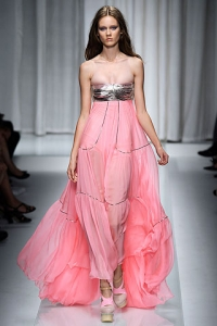 Trendy Dresses for Spring Summer 2010