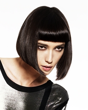 http://static.becomegorgeous.com/img/arts/2010/Mar/09/1881/newinvertedbobhaircuts5.jpg