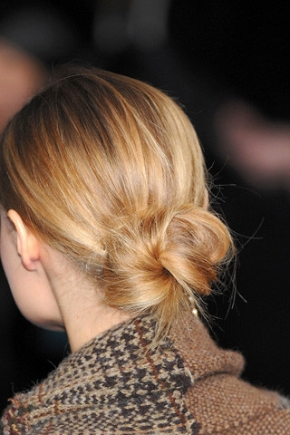 How to Create a Messy Bun Hairstyle