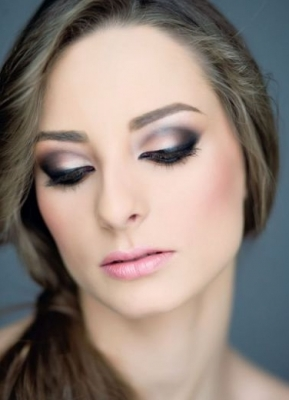 Evening Wedding Makeup Looks : How to Create a Gorgeous Evening Eye Makeup.