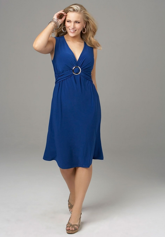 Best Summer Dresses for Curvy Women