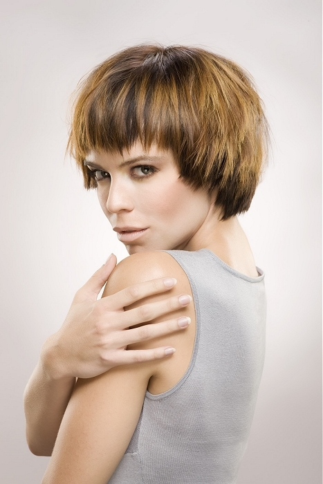 Sugergioter Hairstyles For Petite Women