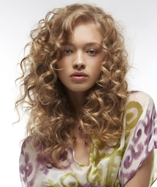 Curly Hair Parting Ideas