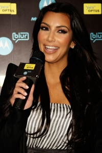 Kim Kardashian to Become a Singer