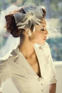 Feminine Hair Accessory Ideas