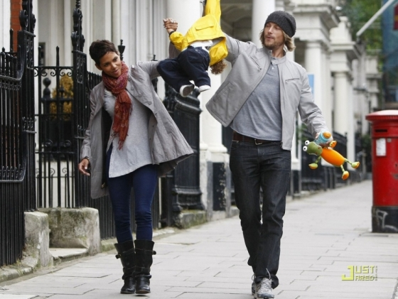 Gabriel Aubry, Halle Berry and daughter