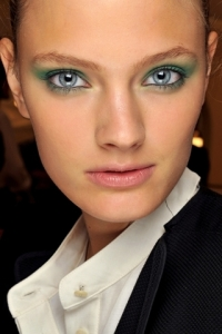 Spring/Summer 2011 Eye Makeup Trends - Pastel Colors