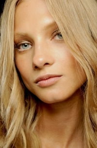 Spring/Summer 2011 Hairstyles Trends - Hot Wavy Hair