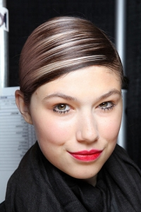 Spring/Summer 2011 Hairstyles - Extreme Side Parts