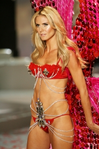Heidi Klum Leaves Victoria's Secret