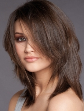Shoulder-length layered cut
